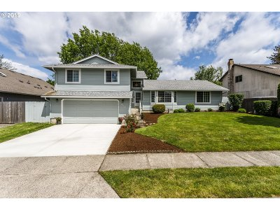 Beaverton Single Family Home For Sale: 13145 SW Snowshoe Ln