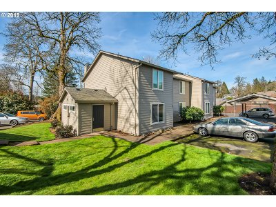 Tigard Condo/Townhouse For Sale: 10900 SW 76th Pl #53