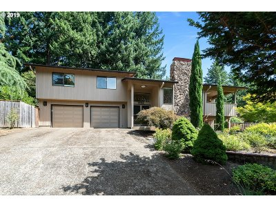 Happy Valley, Clackamas Single Family Home For Sale: 10332 SE 99th Dr