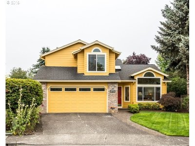 Portland Single Family Home For Sale: 3970 NW 175th Pl