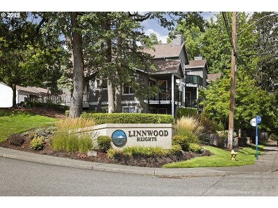 West Linn Condo/Townhouse For Sale: 20050 Snowdrop Ct #1