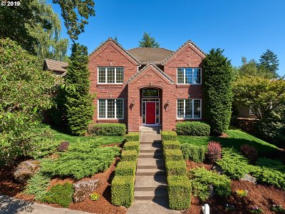 West Linn Single Family Home For Sale: 3415 Crescent Dr
