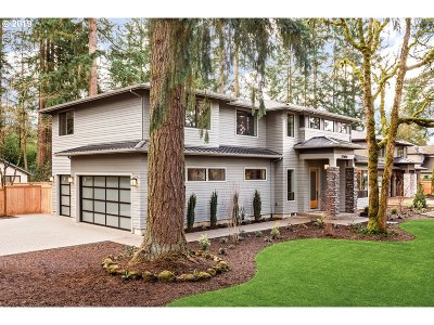 Lake Oswego Single Family Home For Sale: 17484 Bryant Rd