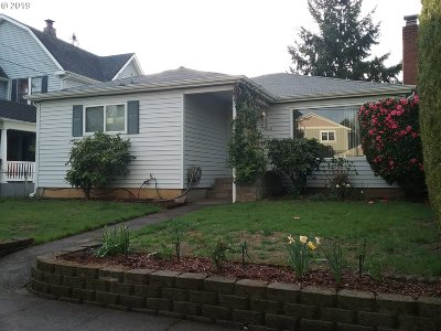 Clackamas County, Multnomah County, Washington County Single Family Home For Sale: 7915 N Clarendon Ave