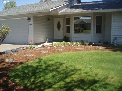 McMinnville Single Family Home Bumpable Buyer: 580 SW Honeysuckle Ct