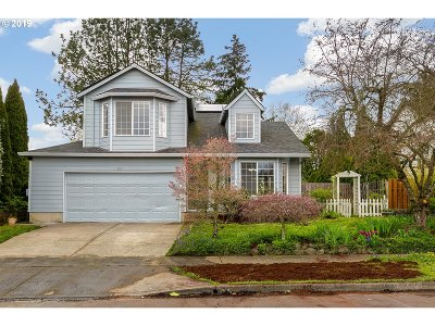 Hillsboro Single Family Home For Sale: 291 SE 40th Ave