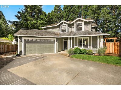 Beaverton Single Family Home For Sale: 1641 SW Sahnow Dr