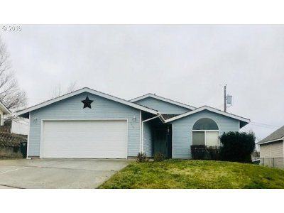 Pendleton Single Family Home For Sale: 3308 SW Marshall Ave