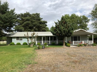 Umatilla County Single Family Home For Sale: 80177 Windy Ln