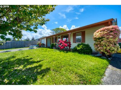 Coos Bay Single Family Home For Sale: 1023 Maryland