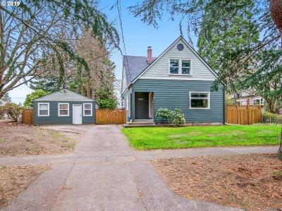 Multnomah County Single Family Home For Sale: 6843 NE Stanton St