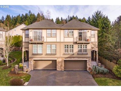 Lake Oswego Single Family Home For Sale: 13388 Auburn Ct