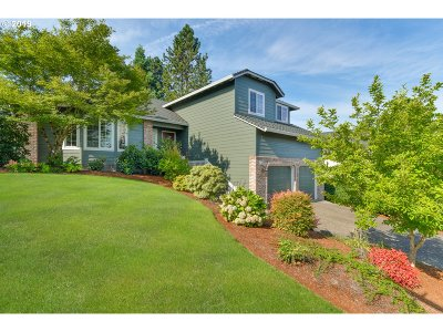 Portland Single Family Home For Sale: 17790 NW Elk Meadow Ln