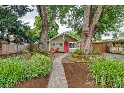Portland Single Family Home For Sale: 7734 N Bank St