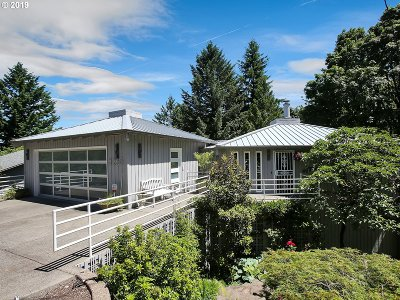 Single Family Home For Sale: 3260 SW Sherwood Pl