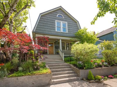 Clackamas County, Multnomah County, Washington County Multi Family Home For Sale: 3616 N Borthwick Ave