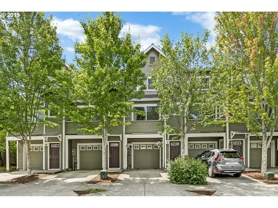 Beaverton Single Family Home For Sale: 3221 SW Jaden Dr