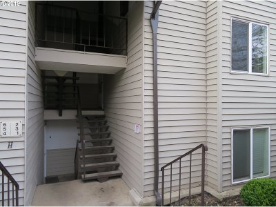 Gresham Condo/Townhouse For Sale: 200 SW Florence Ave #H-3