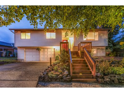 Tualatin Single Family Home For Sale: 21388 SW Martinazzi Ave