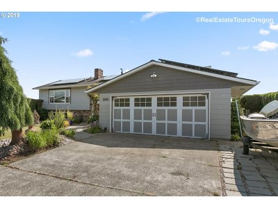 Portland Single Family Home For Sale: 3506 NE 145th Ave