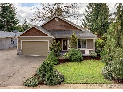 Canby Single Family Home For Sale: 405 SW 7th Ave