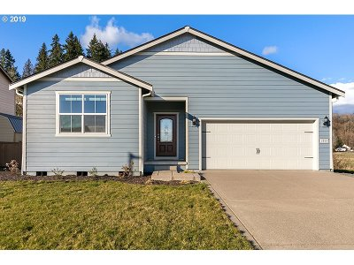 Cowlitz County Single Family Home For Sale: 1805 Blacktail Ln