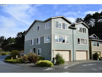 Gold Beach Single Family Home For Sale: 29041 Vizcaino Ct