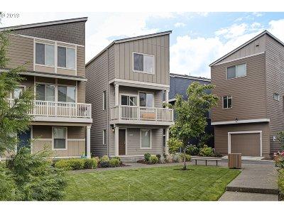 Beaverton Single Family Home For Sale: 14040 SW Burlwood Ln