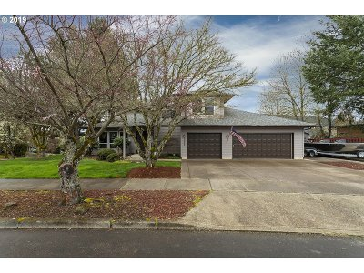 Forest Grove Single Family Home For Sale: 3356 Lavina Dr