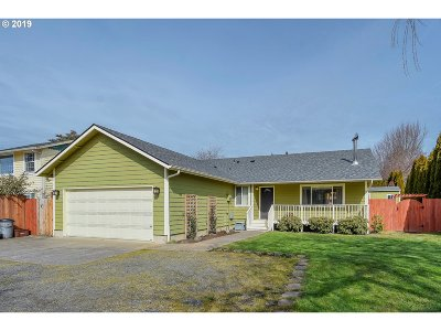 Clark County Single Family Home For Sale: 229 W 10th St