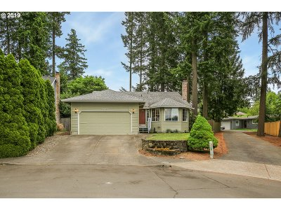 Tigard Single Family Home For Sale: 11454 SW Twin Park Pl