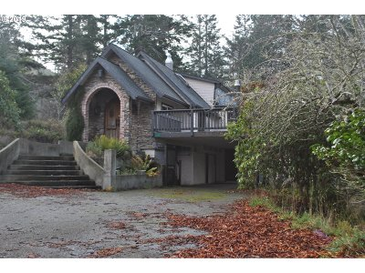Gold Beach Single Family Home For Sale: 29116 Skunk Run Rd