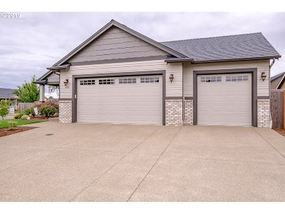 Aumsville Single Family Home For Sale: 9901 Panther Ct