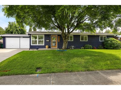 Beaverton Single Family Home For Sale: 11570 SW 14th St