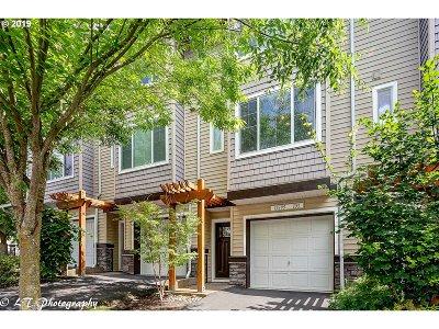 Beaverton Single Family Home For Sale: 15395 SW Mallard Dr #103