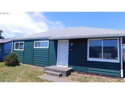 Coos Bay Single Family Home For Sale: 966 Pacific Ave