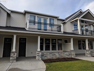Camas Condo/Townhouse For Sale: 4042 NW 76th Ave #96