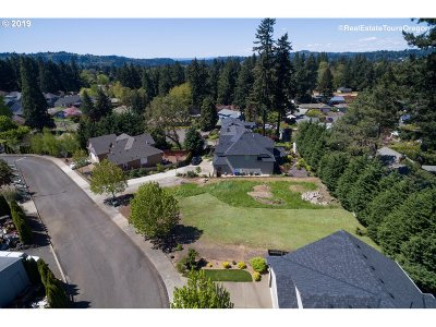 Milwaukie Residential Lots & Land For Sale: 14307 SE Haze Ct
