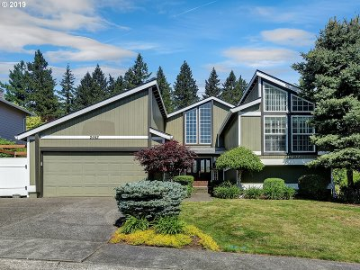 West Linn Single Family Home For Sale: 2462 Mustang Ct