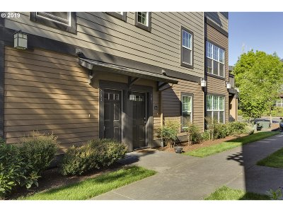 Sherwood Condo/Townhouse For Sale: 22856 SW Forest Creek Dr