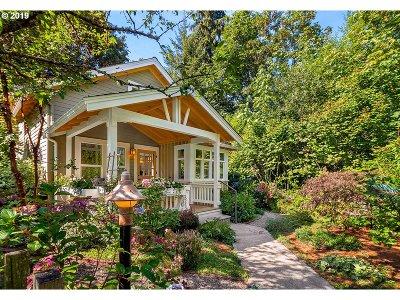 Redmond Condo/Townhouse For Sale: 13314 NE 111th Ct