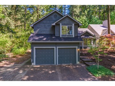 Clackamas County Single Family Home For Sale: 13188 Vermeer Dr