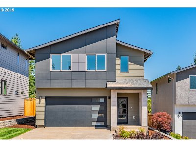 Happy Valley Single Family Home Pending: 17043 SE Huckleberry St