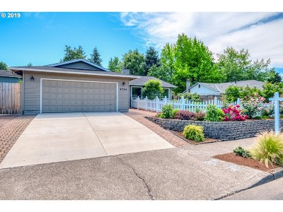 Tualatin Single Family Home For Sale: 9754 SW Alsea Dr
