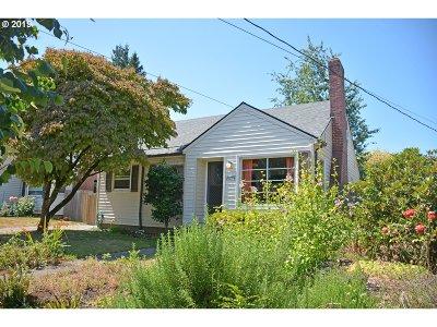 Portland Single Family Home For Sale: 6419 NE 31st Ave