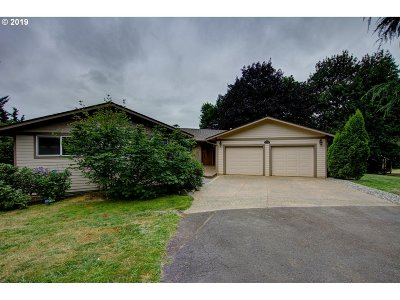 Washougal Single Family Home For Sale: 1208 SE 329th Ave