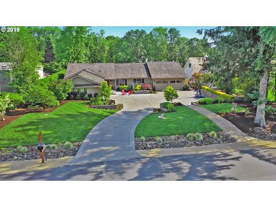 Single Family Home For Sale: 2700 NW Circle A Dr
