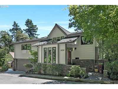 Multnomah County Single Family Home For Sale: 3058 NW Valle Vista Ter