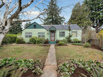 Single Family Home Bumpable Buyer: 8437 SE 77th Ave