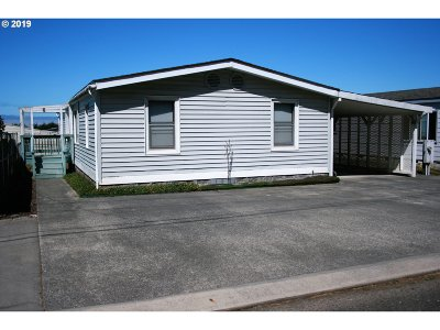 Gold Beach OR Single Family Home For Sale: $179,000